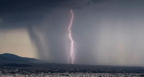 Έκτακτο δελτίο επιδείνωσης του καιρού: Ισχυρές βροχές, καταιγίδες και χαλάζι - Πού θα χτυπήσει η κακοκαιρία - πράσινος τύπος
