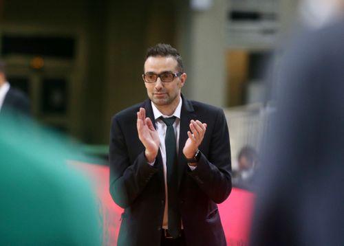 Χαραλαμπίδης: «Χωρούν στην ίδια ομάδα Παπαπέτρου και Χεζόνια» - πράσινος τύπος